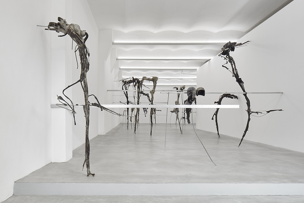 fango, veduta della mostra / exhibition view